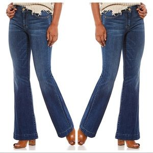 7 For All Mankind | Dojo Flare Jeans